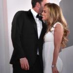 Jennifer Lopez támogató barátnőként volt ott Ben Affleck oldalán a Velencei Filmfesztiválon