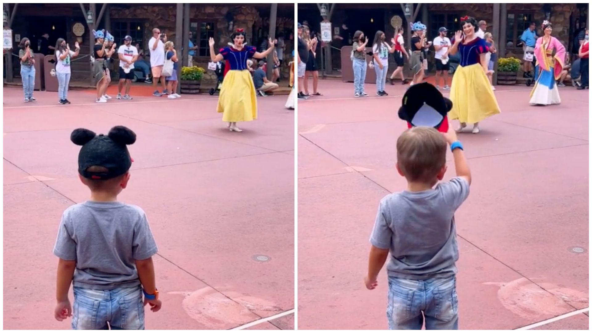 Egy igazi úriember! Megemelte a kalapját a Disney-hercegnők előtt a 4 éves kisfiú