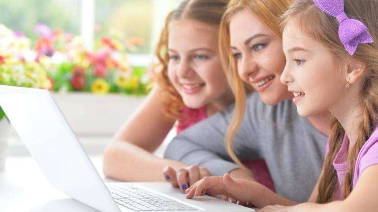 A digitális játékokkal hasonlóan fejleszthető a tehetség, mint a hagyományos, analóg játékokkal. (fotó: profimedia.hu)