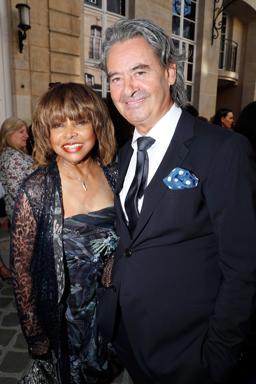 Tina Turner és férje Párizsban