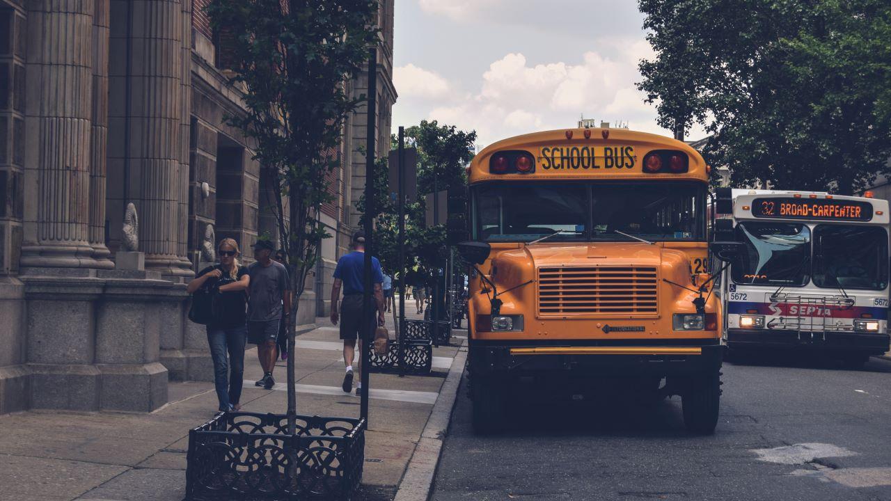 buszvezető, sofőr